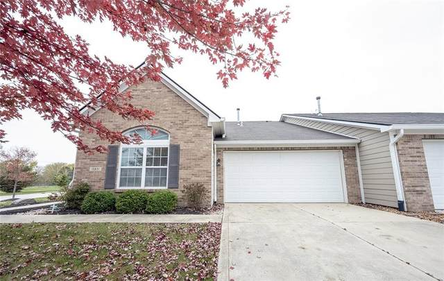 15831 Brixton Drive, Noblesville, IN 46060 (MLS #21749265) :: Richwine Elite Group