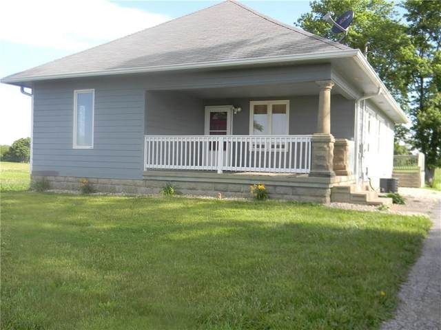 728 W Cr 400 S., Clayton, IN 46118 (MLS #21749611) :: The Indy Property Source