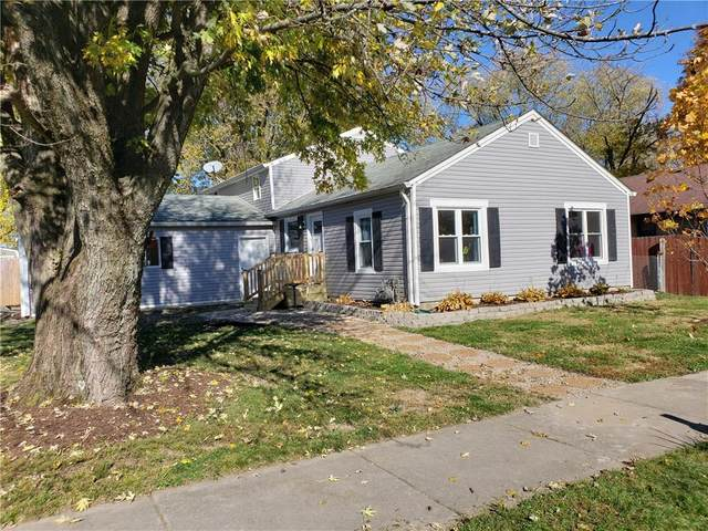 318 Walker Street, Greenfield, IN 46140 (MLS #21749632) :: AR/haus Group Realty