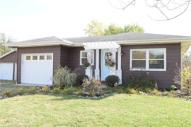 7165 E County Road 400, Brownsburg, IN 46112 (MLS #21749651) :: The Indy Property Source