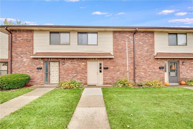 109 Greenwood Trail N, Greenwood, IN 46142 (MLS #21749673) :: The Indy Property Source