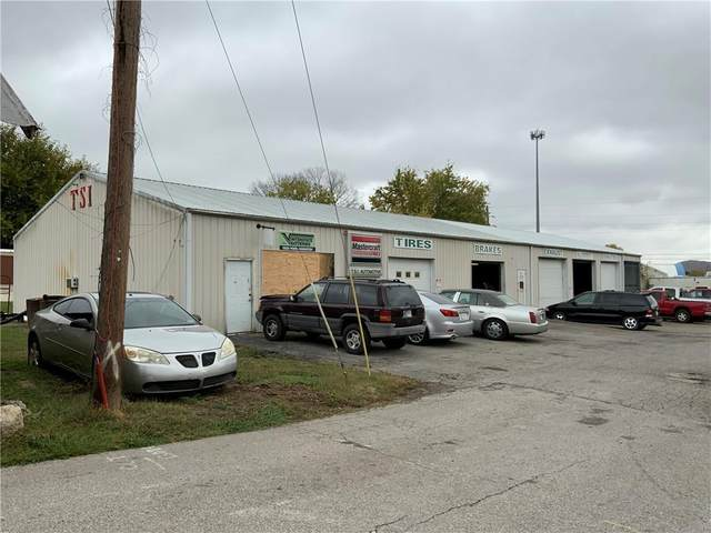 418 N Sugar Street, Brownstown, IN 47220 (MLS #21749793) :: David Brenton's Team