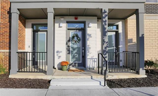 727 Illinois Street #104, Indianapolis, IN 46204 (MLS #21749955) :: Mike Price Realty Team - RE/MAX Centerstone