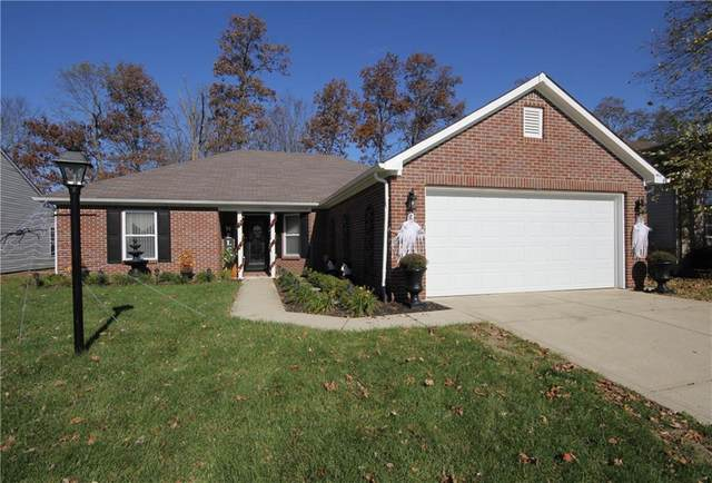6006 Copeland Mills Drive, Indianapolis, IN 46221 (MLS #21749970) :: The ORR Home Selling Team