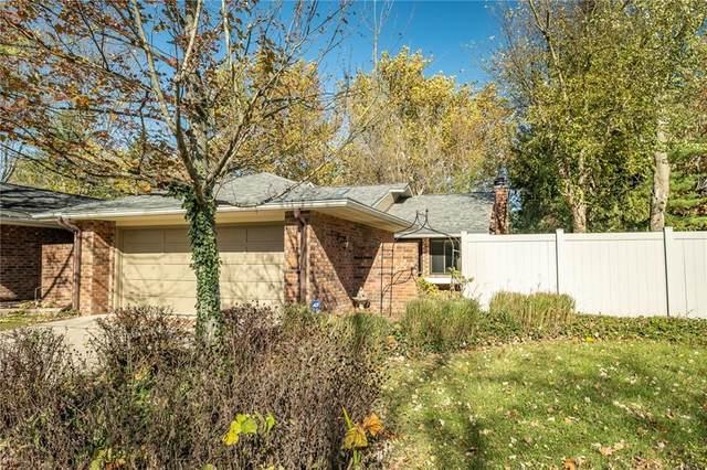4128 Shagbark Court, Columbus, IN 47201 (MLS #21750255) :: The ORR Home Selling Team