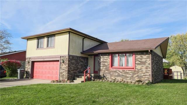 5524 Whirlaway Lane, Indianapolis, IN 46237 (MLS #21750278) :: The ORR Home Selling Team
