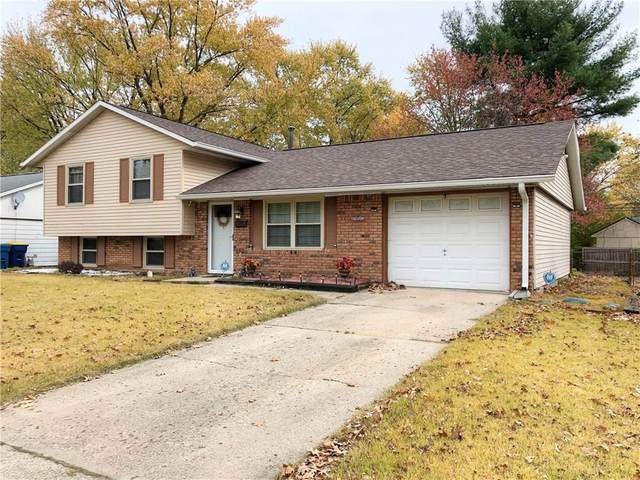 4107 Whitaker Drive, Indianapolis, IN 46254 (MLS #21750553) :: The ORR Home Selling Team