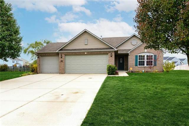 2416 Nathan Court, Avon, IN 46123 (MLS #21750875) :: The ORR Home Selling Team