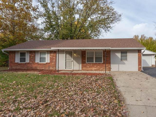 6012 Wixshire Drive, Indianapolis, IN 46254 (MLS #21750947) :: The ORR Home Selling Team