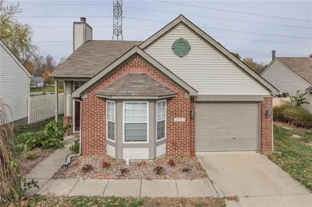 376 Lake Ridge Lane, Greenwood, IN 46142 (MLS #21751135) :: The ORR Home Selling Team