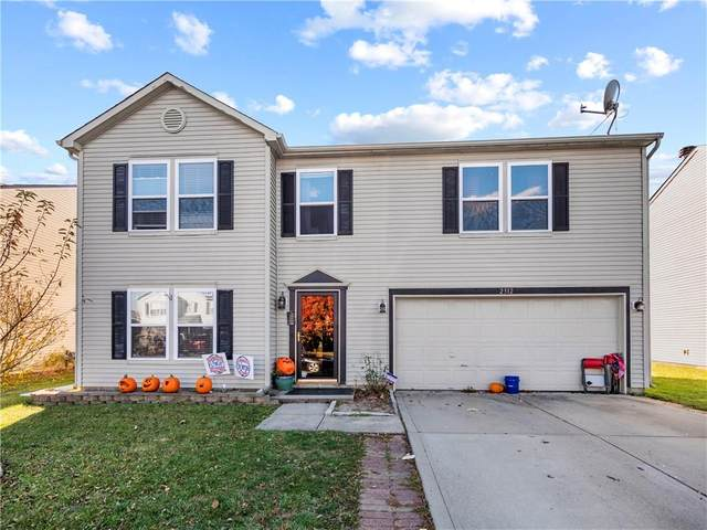 2312 Edgewater Circle, Plainfield, IN 46168 (MLS #21751283) :: The ORR Home Selling Team