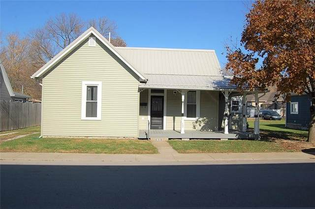 459 W North Street, Spencer, IN 47460 (MLS #21751399) :: The ORR Home Selling Team