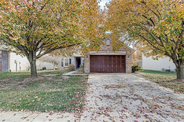 6751 Lexington Circle, Zionsville, IN 46077 (MLS #21751497) :: Corbett & Company