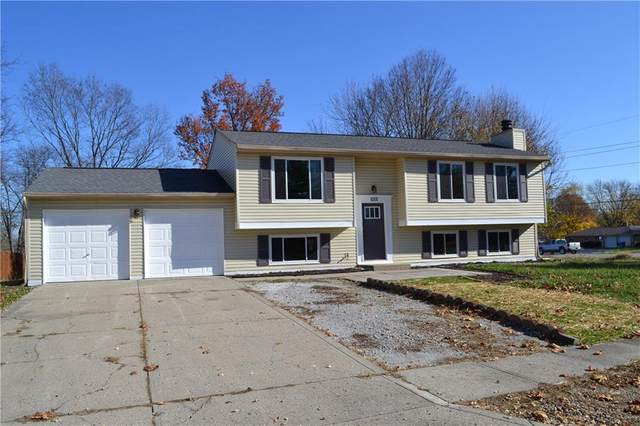 1001 Woodpointe Drive, Indianapolis, IN 46234 (MLS #21751962) :: The ORR Home Selling Team
