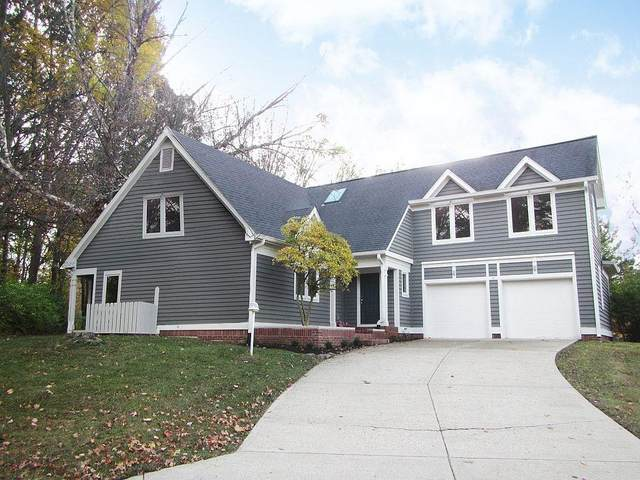 10249 Southwind Drive, Indianapolis, IN 46256 (MLS #21751972) :: The ORR Home Selling Team