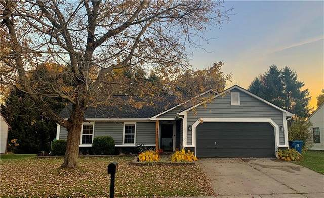 8461 Prairie Drive, Indianapolis, IN 46256 (MLS #21752092) :: The ORR Home Selling Team