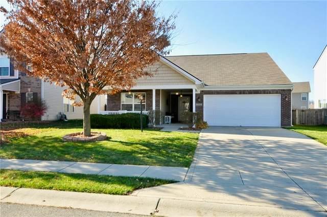 15185 Fallen Leaves Lane, Noblesville, IN 46060 (MLS #21752118) :: The ORR Home Selling Team