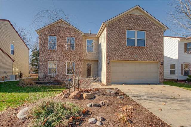 2340 Amberleigh Drive, Plainfield, IN 46168 (MLS #21752199) :: The ORR Home Selling Team