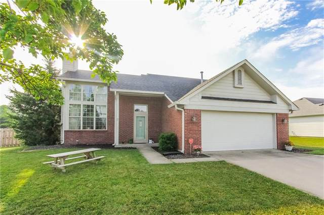 8141 Nuckols Lane, Indianapolis, IN 46237 (MLS #21752231) :: Mike Price Realty Team - RE/MAX Centerstone