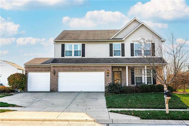 8049 Oriole Point Drive, Avon, IN 46123 (MLS #21752252) :: AR/haus Group Realty
