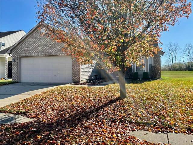 9671 Trail Drive, Avon, IN 46123 (MLS #21752323) :: The ORR Home Selling Team