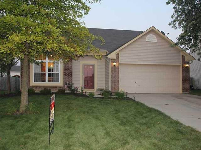 549 Helm Drive, Avon, IN 46123 (MLS #21752394) :: The ORR Home Selling Team