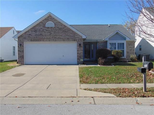 2212 Longleaf Drive, Greenwood, IN 46143 (MLS #21752507) :: The ORR Home Selling Team