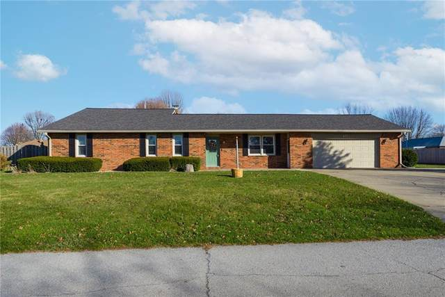 8910 Surrey Drive, Pendleton, IN 46064 (MLS #21752560) :: The ORR Home Selling Team