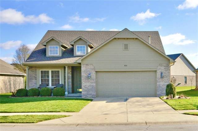6111 Tree Fox Place, Indianapolis, IN 46237 (MLS #21752737) :: The ORR Home Selling Team