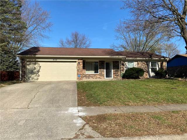 902 Burr Oak Drive, Indianapolis, IN 46217 (MLS #21752994) :: Richwine Elite Group