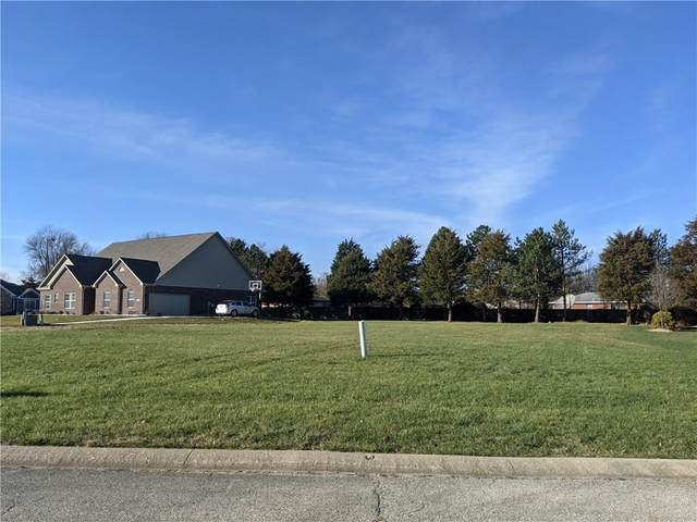 1910 Heather Glen Circle, Indianapolis, IN 46234 (MLS #21753001) :: The ORR Home Selling Team