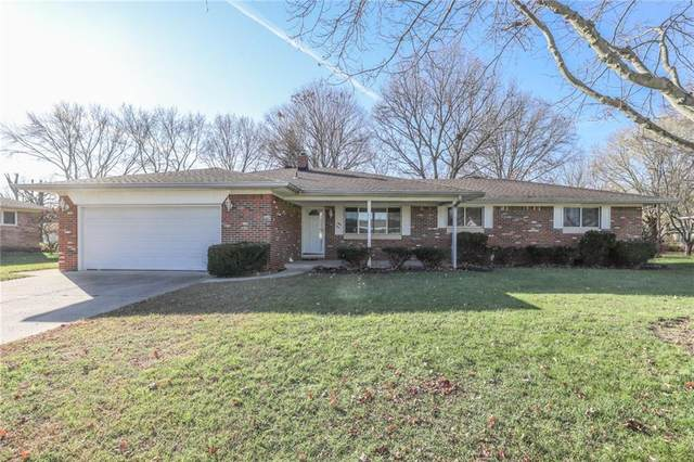8220 Bishops Lane, Indianapolis, IN 46217 (MLS #21753089) :: The ORR Home Selling Team