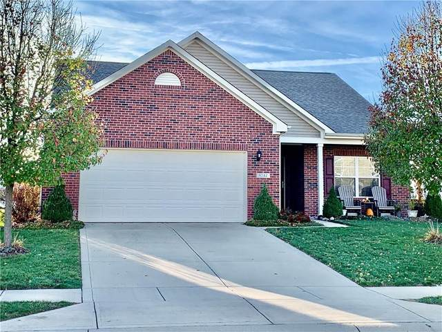8742 S Tibbs Avenue, Indianapolis, IN 46217 (MLS #21754368) :: AR/haus Group Realty