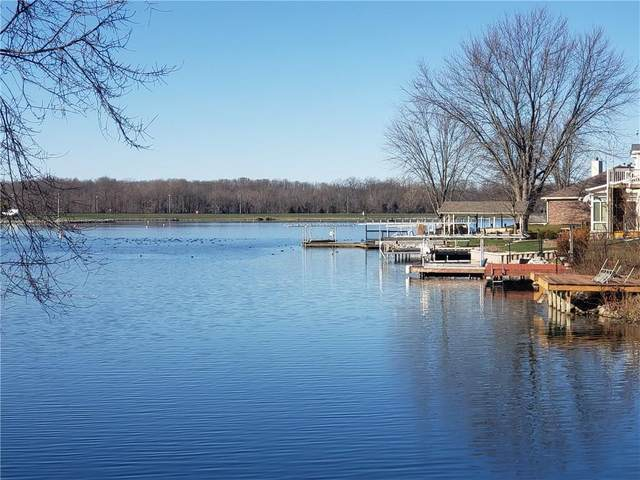 211 Patriots Landing, Fillmore, IN 46128 (MLS #21755200) :: The ORR Home Selling Team