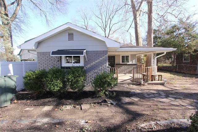 227 N Fenton Avenue, Indianapolis, IN 46219 (MLS #21755225) :: The ORR Home Selling Team