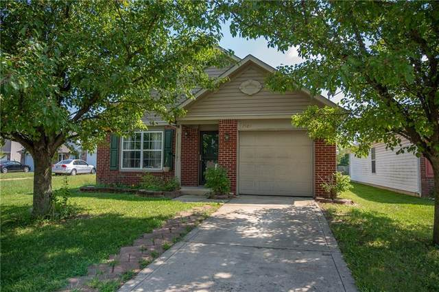1985 Falcon Court, Franklin, IN 46131 (MLS #21755280) :: Ferris Property Group