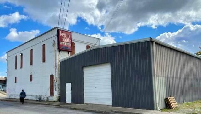 1703 Meridian Street, Anderson, IN 46016 (MLS #21756181) :: Pennington Realty Team