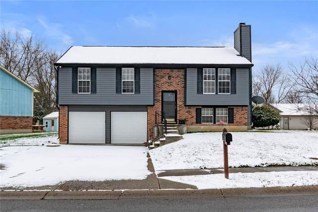 5829 Liberty Creek Drive E, Indianapolis, IN 46254 (MLS #21757777) :: AR/haus Group Realty