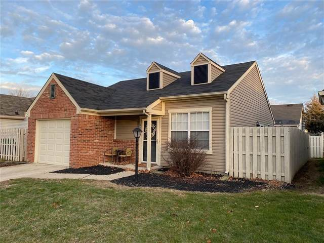 6722 Sundown Drive S, Indianapolis, IN 46254 (MLS #21758462) :: Mike Price Realty Team - RE/MAX Centerstone