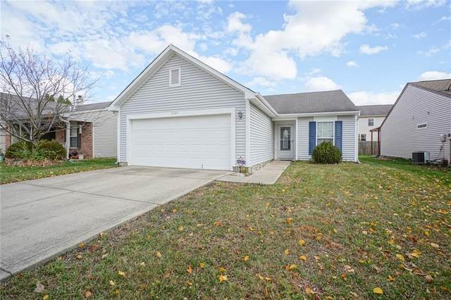 5347 Fishlake Drive, Indianapolis, IN 46254 (MLS #21758511) :: Mike Price Realty Team - RE/MAX Centerstone