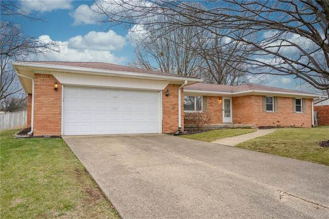 8250 Trevellian Way, Indianapolis, IN 46217 (MLS #21758842) :: The Evelo Team