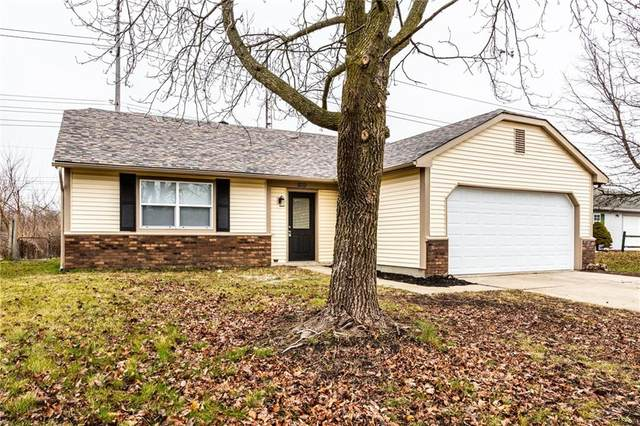 10530 E Moqui Court, Indianapolis, IN 46235 (MLS #21759277) :: Realty ONE Group Dream
