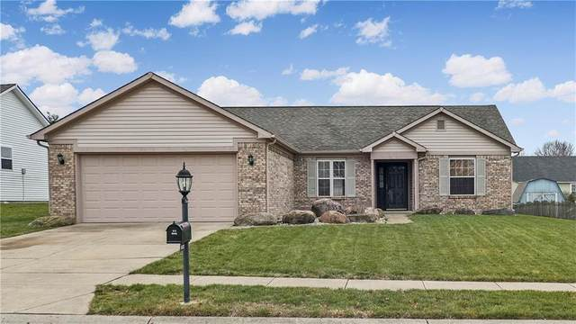5637 Cave Springs Court, Indianapolis, IN 46237 (MLS #21759415) :: AR/haus Group Realty