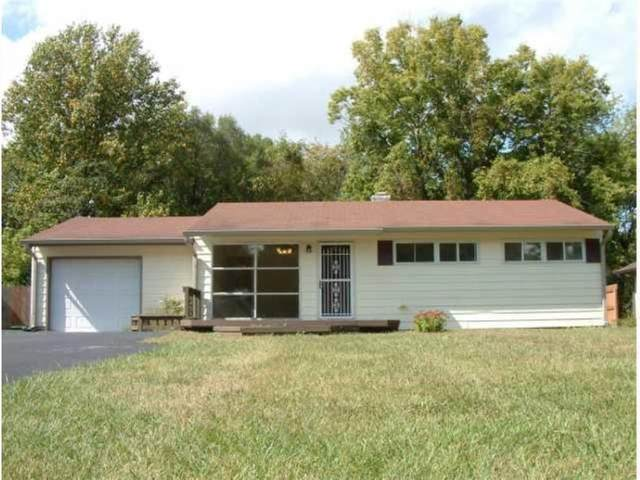 3540 Bradford Drive, Indianapolis, IN 46221 (MLS #21760298) :: The Evelo Team