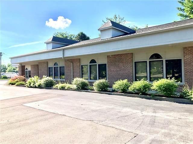 1040 N Rangeline Road, Carmel, IN 46032 (MLS #21761178) :: David Brenton's Team