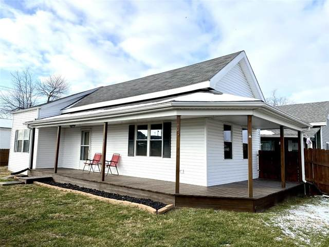 601 W Washington Street, Greensburg, IN 47240 (MLS #21761459) :: Mike Price Realty Team - RE/MAX Centerstone