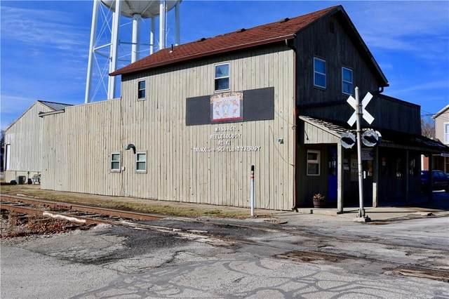 515 Wallace Avenue, Crawfordsville, IN 47933 (MLS #21762757) :: JM Realty Associates, Inc.