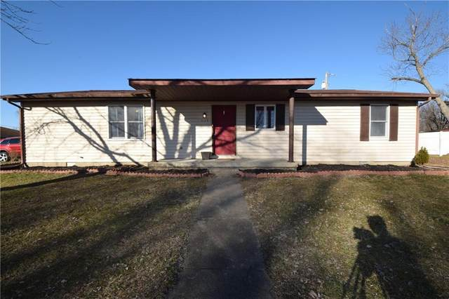 1135 Ernest Drive, Seymour, IN 47274 (MLS #21762801) :: Realty ONE Group Dream