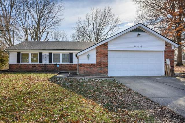 640 Shady Creek Court, Greenwood, IN 46142 (MLS #21762864) :: The Indy Property Source