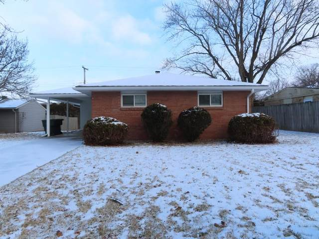 2300 W Sheffield Drive, Muncie, IN 47304 (MLS #21762890) :: Mike Price Realty Team - RE/MAX Centerstone